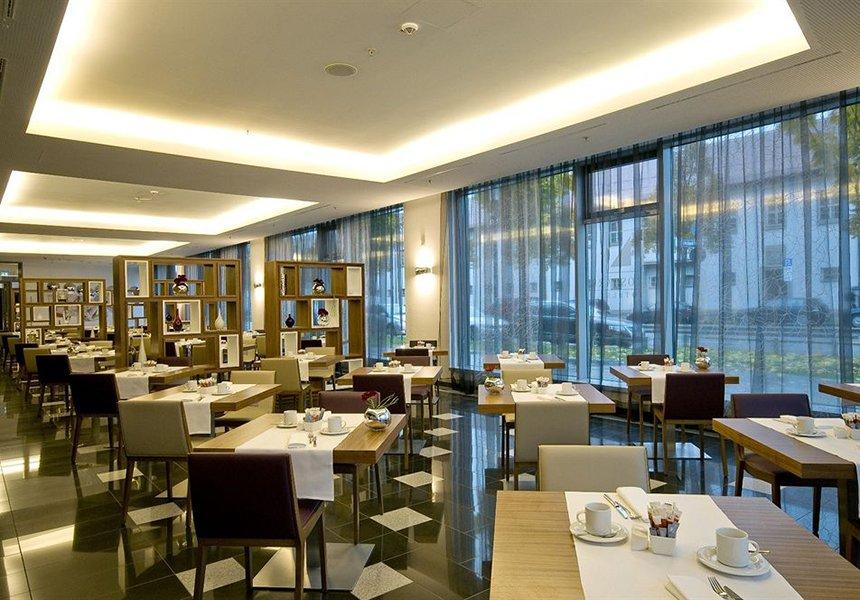 Eurostars Grand Central Hotel