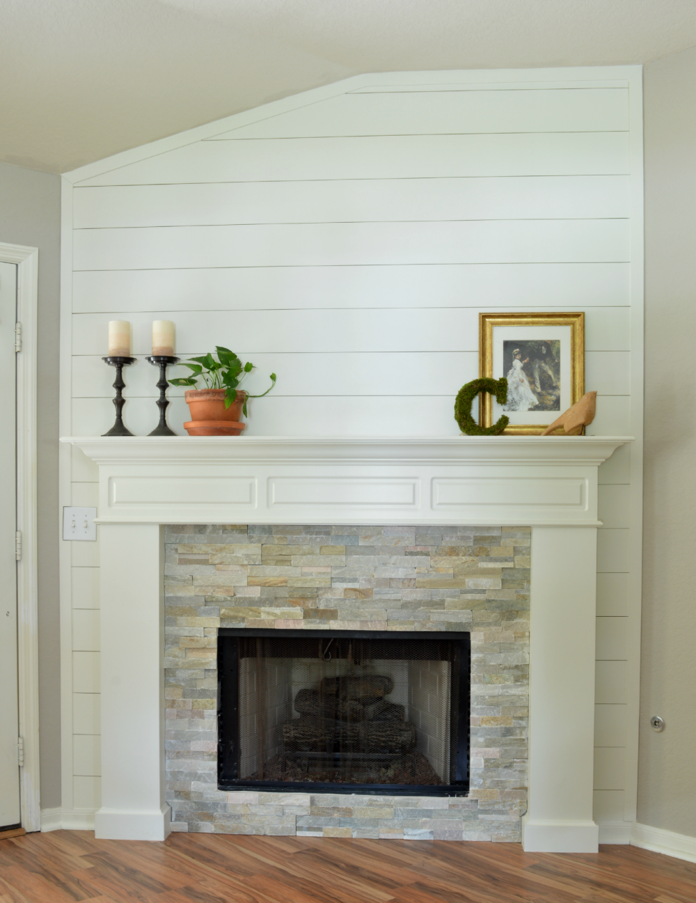 25 Best DIY Fireplace Makeovers | Sarah from the Little Red Brick House