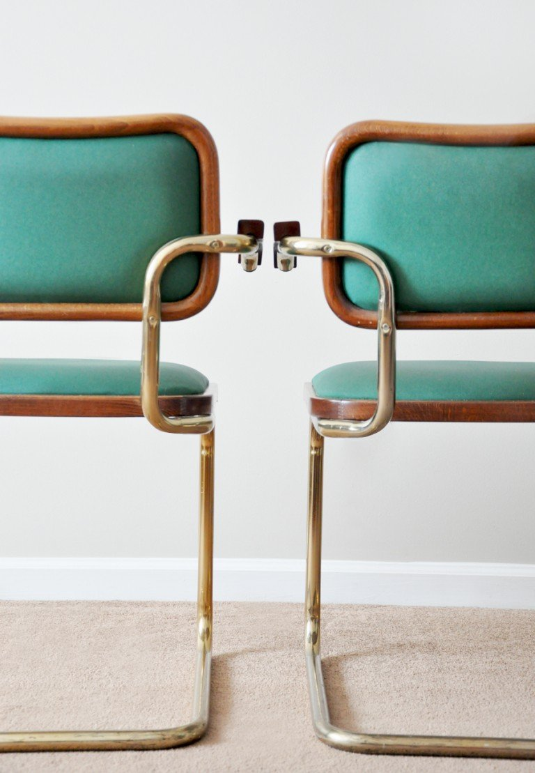 Dining Room Inspiration: Italian Cantilever Chairs