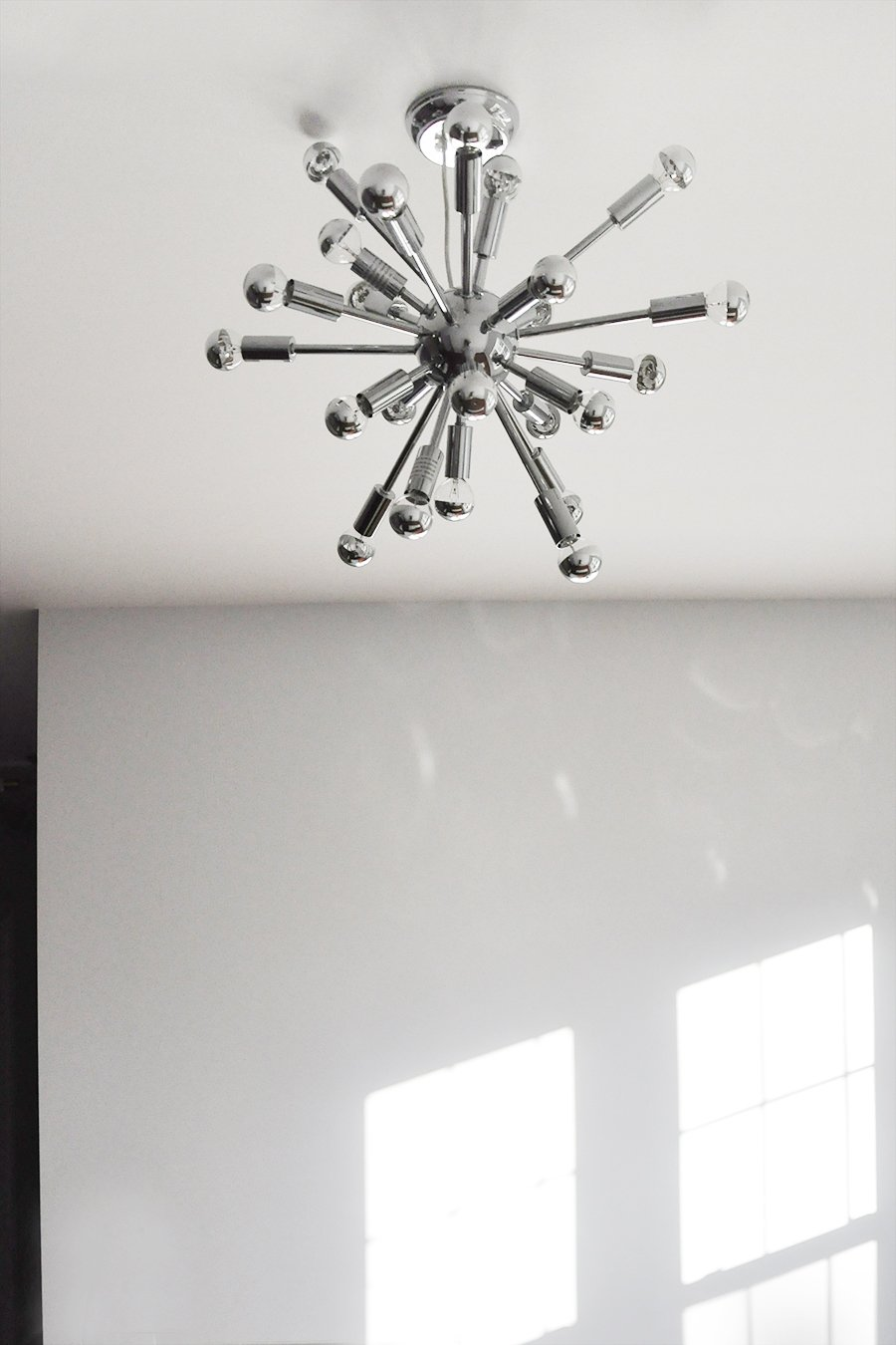 a mid century modern sputnik chandelier for the living room. Black Bedroom Furniture Sets. Home Design Ideas