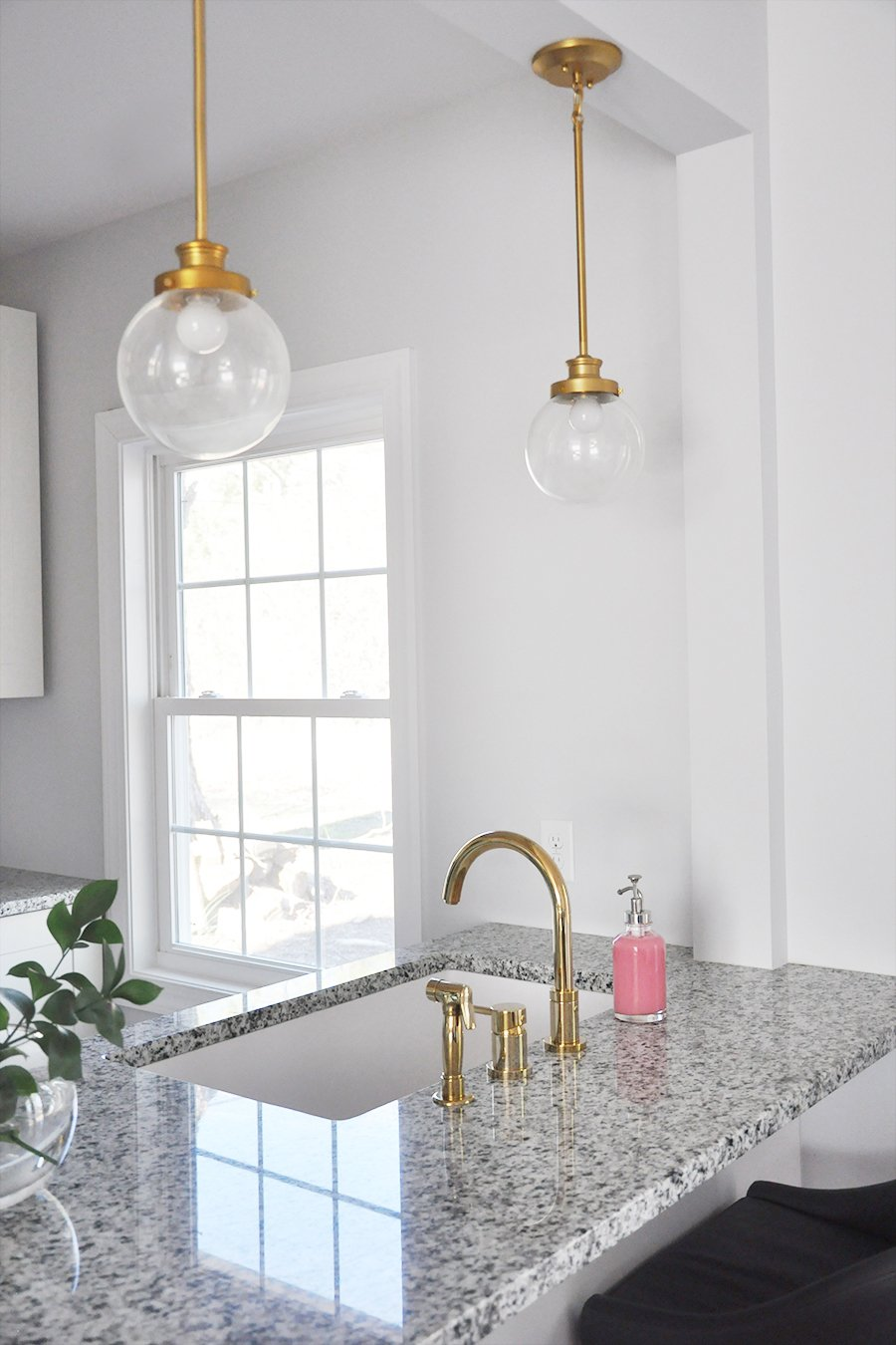 White Undermount Kitchen Sink the case for white, undermount kitchen sinks