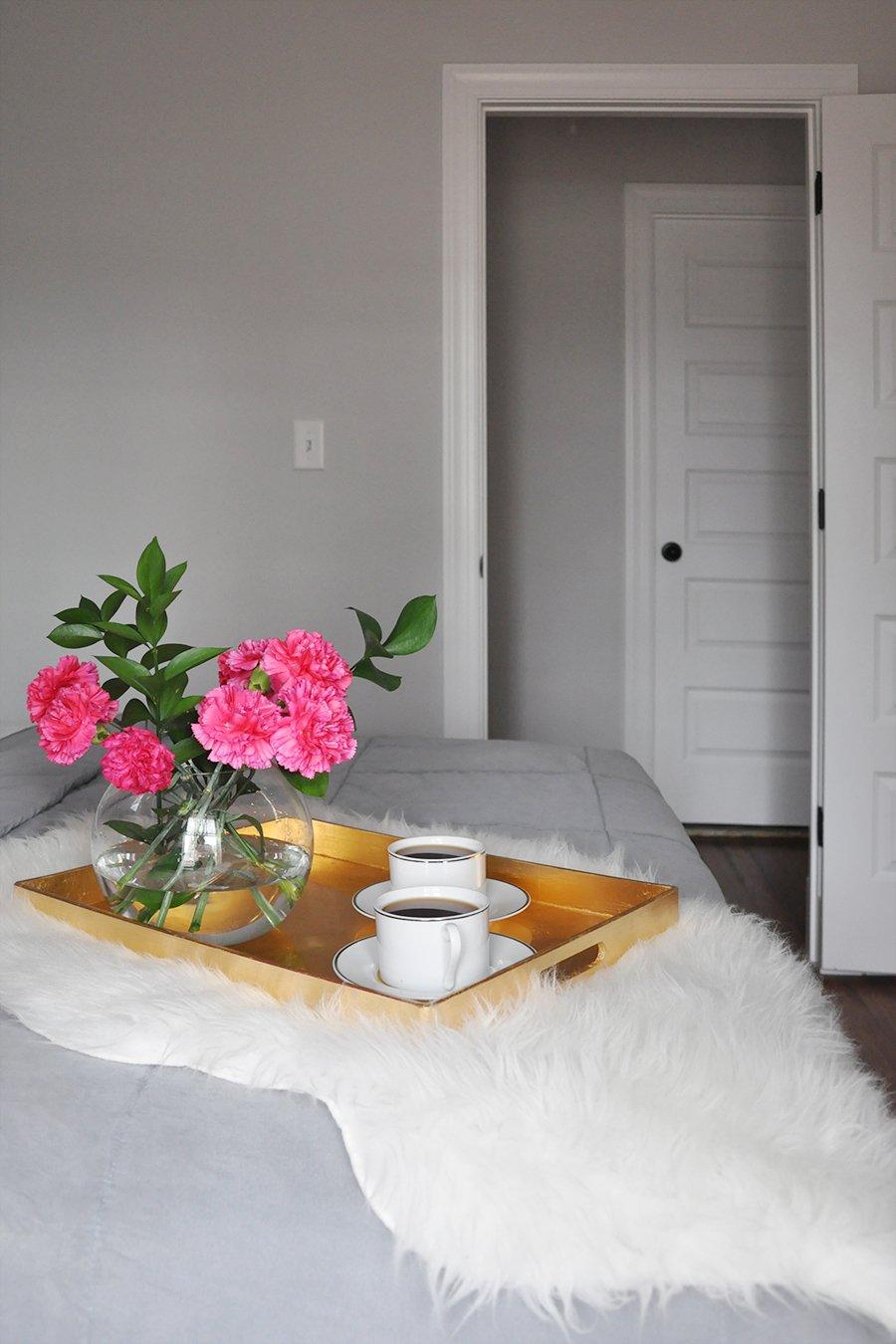 Simple Pleasures: Coffee in Bed
