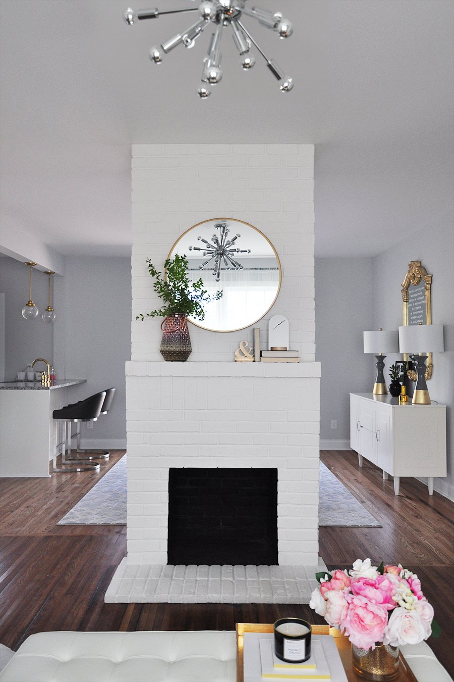Fireplace Decor: 3 Simple Ways to Decorate Your Mantle for ...