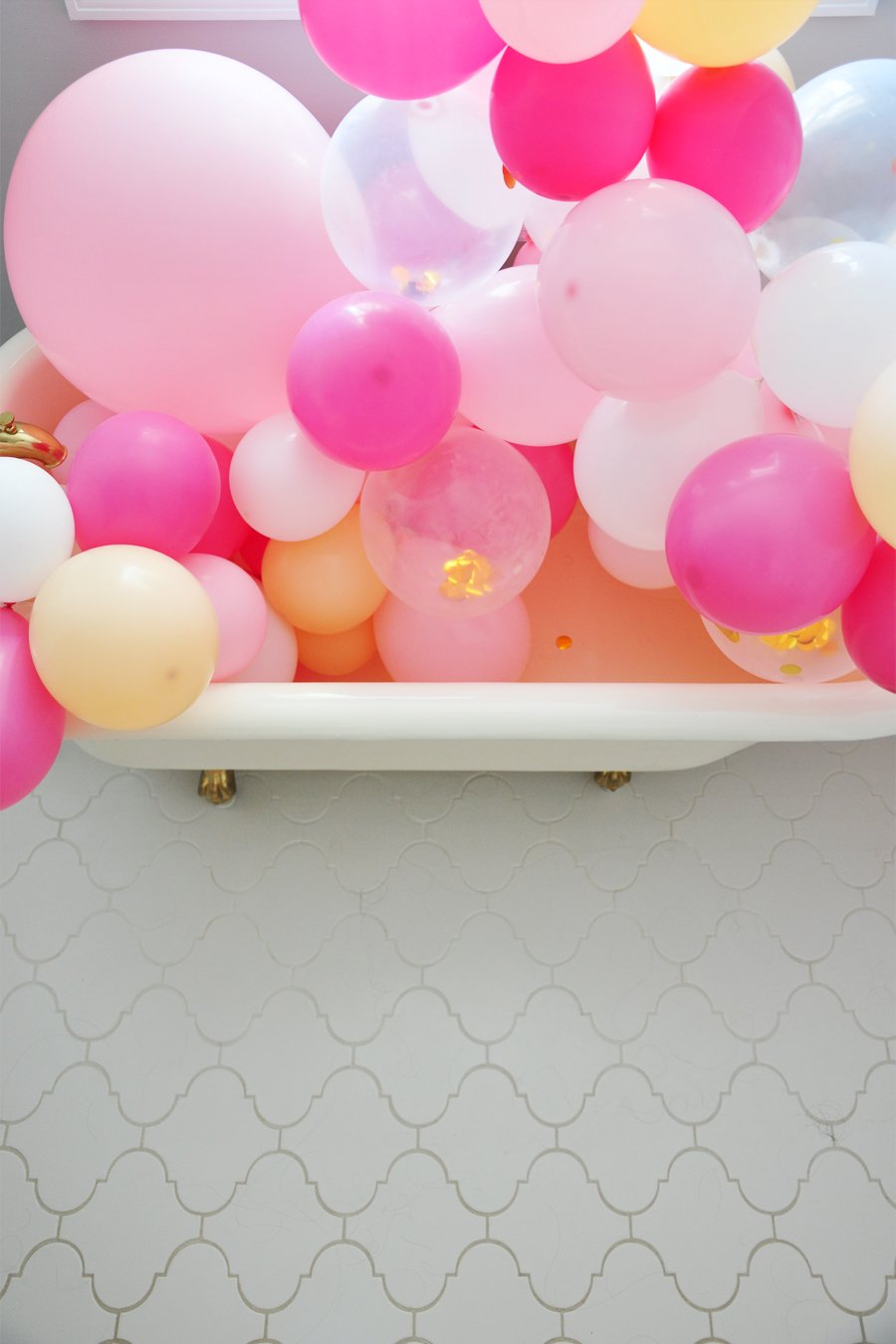 DIY Balloon Garland The Easiest Birthday Party Decor Ideas