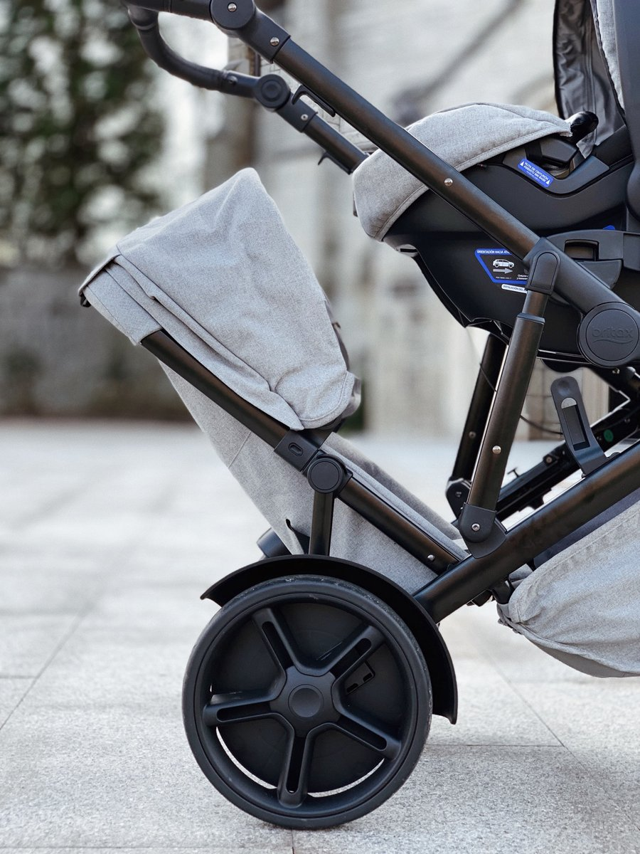 Choosing a Double Stroller - Pros and Cons of Britax B-Ready G3